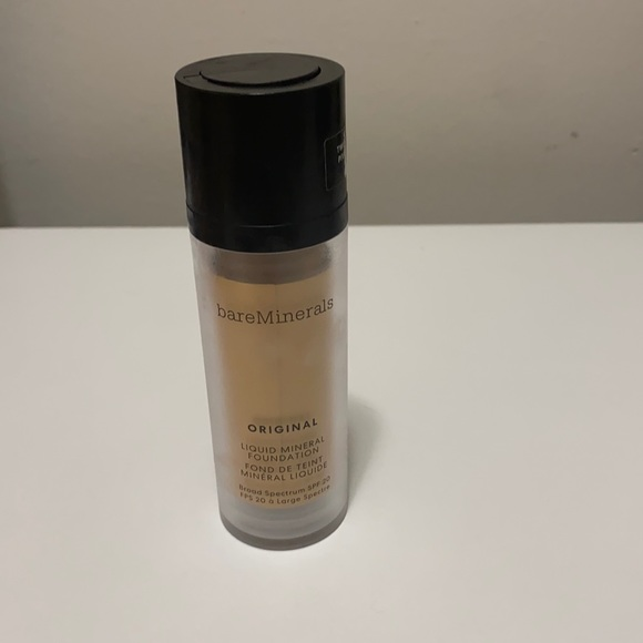 Very lightly used bare minerals liquid foundation